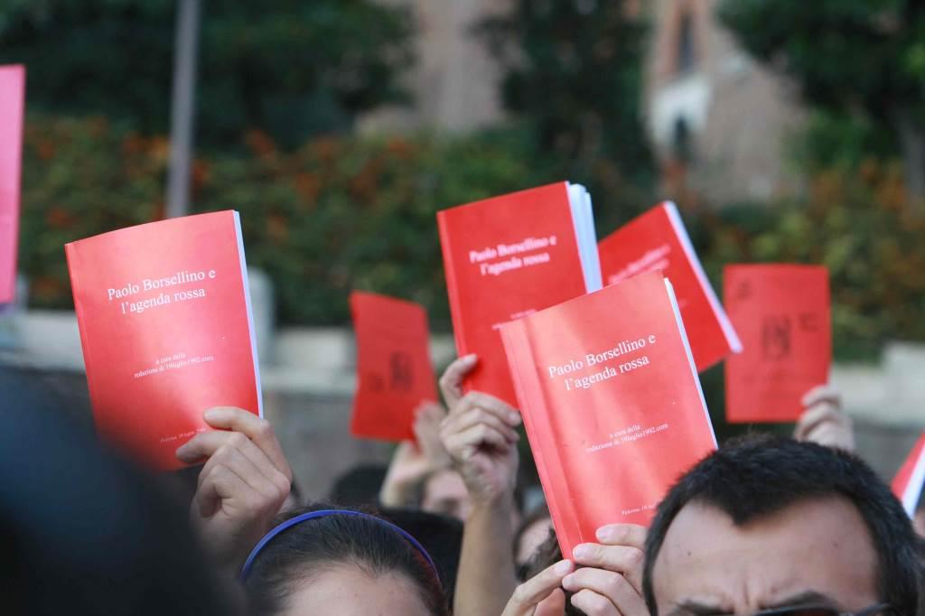 Agende Rosse, ormai un simbolo (Foto: Infophoto)