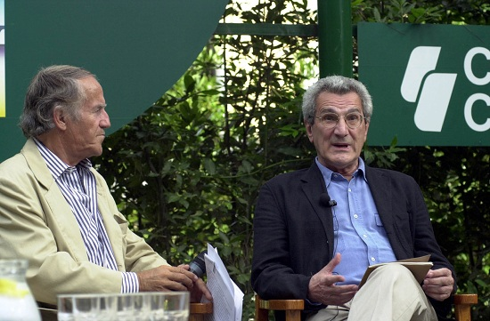 Romano Battaglia con Tony Negri (Infophoto)