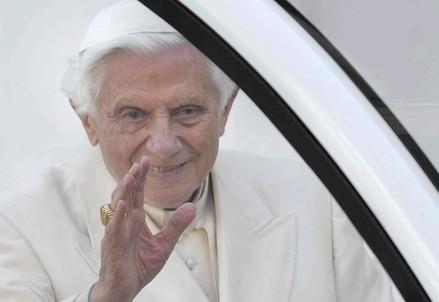 Il papa emerito Benedetto XVI (Infophoto)