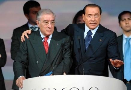 Marcello Dell'Utri e Silvio Berlusconi (Infophoto)