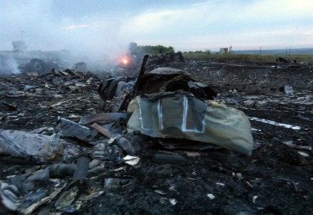 I resti del Boeing abbattuto (Immagine d'archivio)