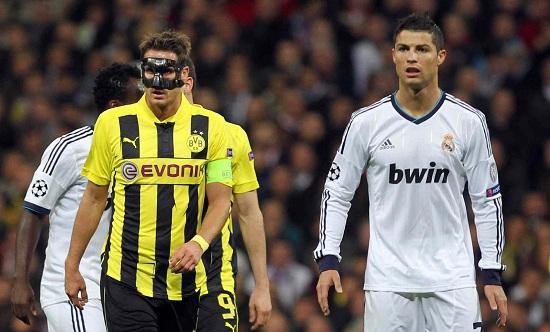 Kehl e Cristiano Ronaldo nella fase a gironi (Infophoto)