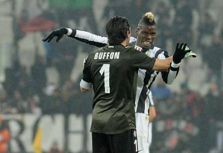 La Juventus è in testa al campionato (Infophoto)