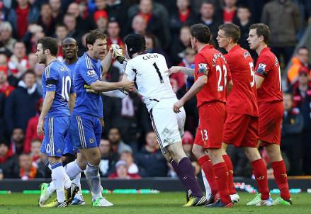 Il Liverpool prova il sorpasso (Infophoto)