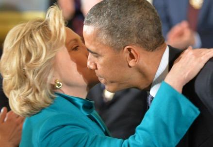 Hillary Clinton con Barack Obama (Infophoto)