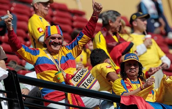 I tifosi della Colombia: oggi i Cafeteros sfidano la Costa d'Avorio (Infophoto)