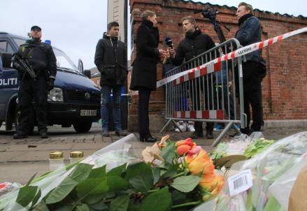 A Copenhagen, su luogo dell'attentato (Infophoto)