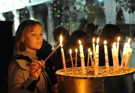 Nella Basilica della Natività a Betlemme (InfoPhoto)