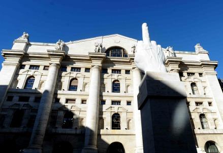 La borsa di Milano (Foto: Infophoto)