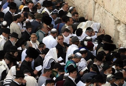 Gerusalemme, il muro del Tempio (Infophoto)