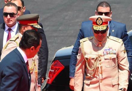 Il presidente egiziano Abdel Fattah al Sisi inaugura il canale di Suez (Infophoto)