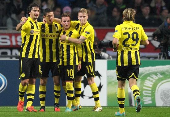 Un'esultanza del Borussia (Infophoto)