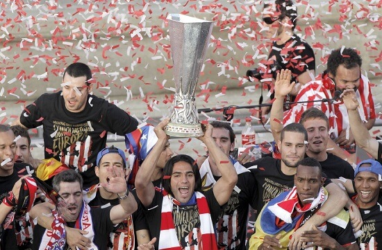 L'Atletico Madrid festeggia l'Europa League 2012 (Infophoto)