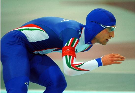 Enrico Fabris in azione a Torino 2006 (Infophoto)