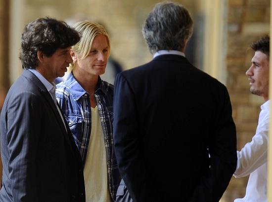 Simone Farina, 30 anni, qui in visita a Coverciano assieme a Fabio Pisacane (INFOPHOTO)