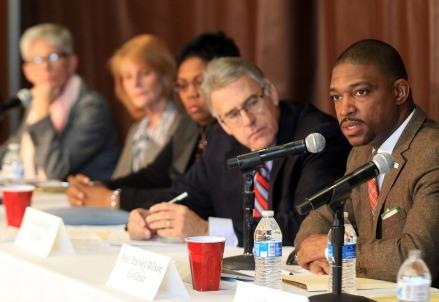 Primo incontro della Commissione Ferguson, dicembre 2014 (Infophoto)