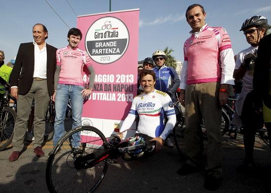 Nel 2013 il Giro partirà da Napoli, poi toccherà a Belfast (Infophoto)