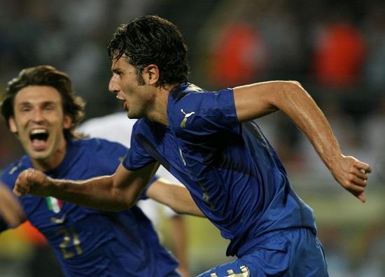 L'esultanza di Fabio Grosso con Pirlo nella semifinale 2006 Italia-Germania (Infophoto)