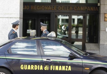 La Guardia di Finanza (Infophoto)