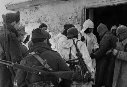 Durante la seconda guerra mondiale (Infophoto)