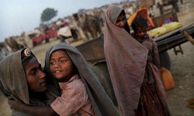 India - Infophoto