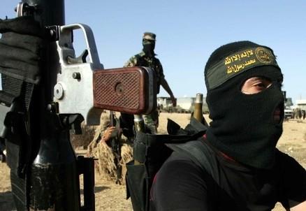 Militanti islamisti (Infophoto)