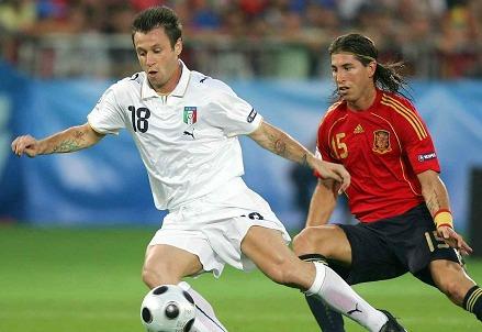 Spagna-Italia: è il momento del debutto agli Europei 2012 (Foto: Infophoto)