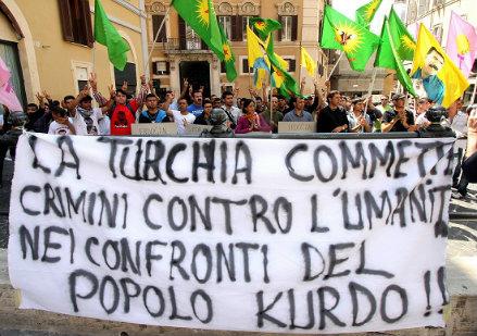 Manifestazione di curdi italiani, foto InFoPhoto