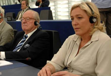 Jean-Marie Le Pen con la figlia Marine (InfoPhoto)