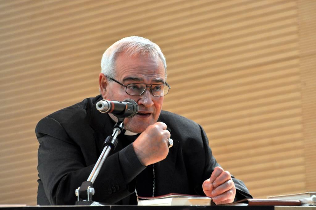 Mons. Luigi Negri (Infophoto)