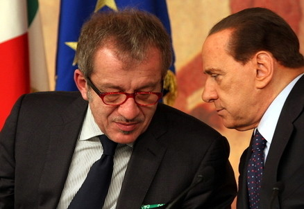 Roberto Maroni e Silvio Berlusconi (InfoPhoto)