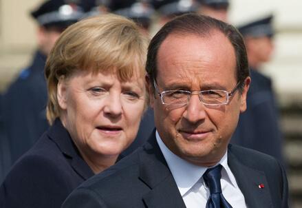 Angela Merkel e Francois Hollande (Infophoto)
