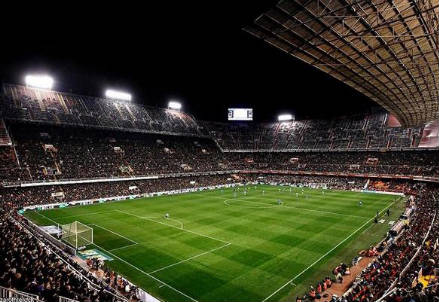 Lo stadio Mestalla di Valencia (dall'account Twitter ufficiale @valenciacf)