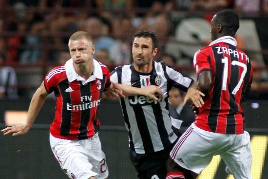 Un'immagine di una partita tra Juventus e Milan (Infophoto)