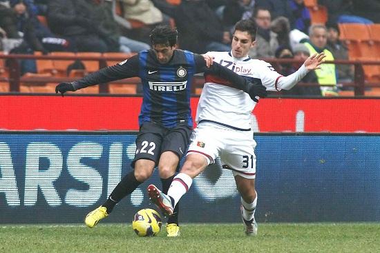 Un precedente con il grande doppio ex Diego Milito (Infophoto)