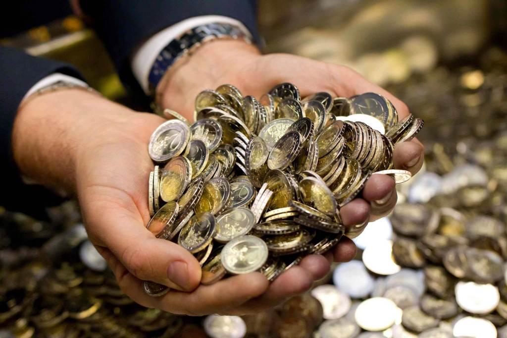 Una manciata di Euro (Foto: Infophoto)