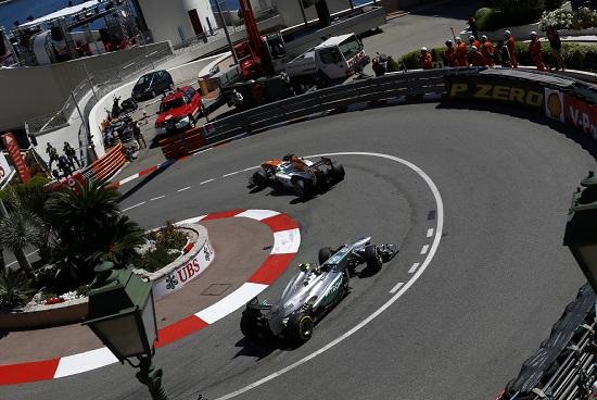 Un'immagine affascinante del circuito di Montecarlo (Infophoto)