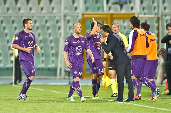 Vincenzo Montella dà indicazioni (Infophoto)