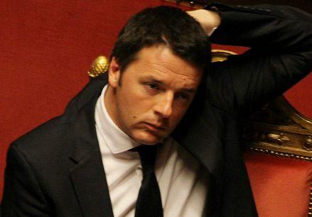 Matteo Renzi sui banchi del governo (Infophoto)