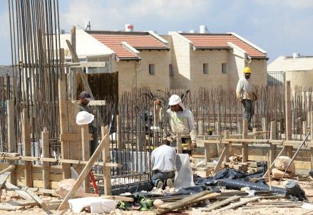 Gli edili sono tra i lavori in assoluto più usuranti