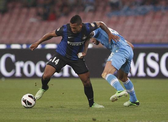Un'immagine di un precedente Napoli-Inter (Infophoto)