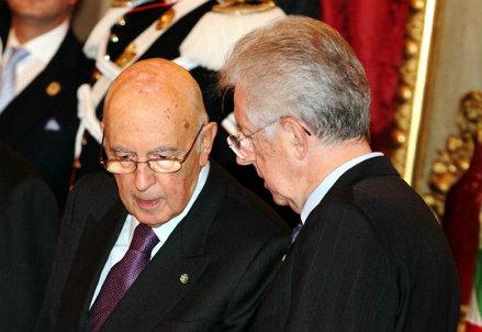 Giorgio Napolitano e Mario Monti (InfoPhoto)
