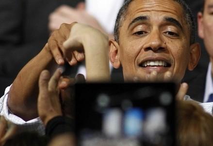 Il presidente Usa Barack Obama durante un comizio (InfoPhoto)