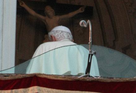 L'ultima foto di papa Benedetto XVI (InfoPhoto)