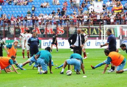 La Lazio si riscalda prima di una partita di campionato
