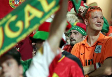 I tifosi di Portogallo ed Olanda sono pronti a sostenere le proprie nazionali (INFOPHOTO)