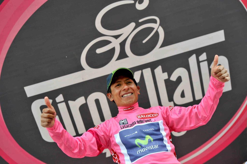 Nairo Quintana in maglia rosa (da Facebook)