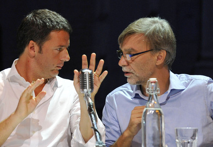 Matteo Renzi e Graziano Delrio in versione Leopolda (Infophoto)