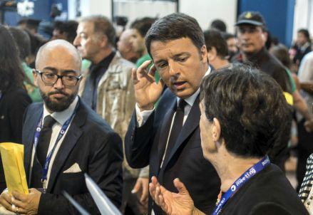 Matteo Renzi ieri al Meeting di Rimini (Infophoto)