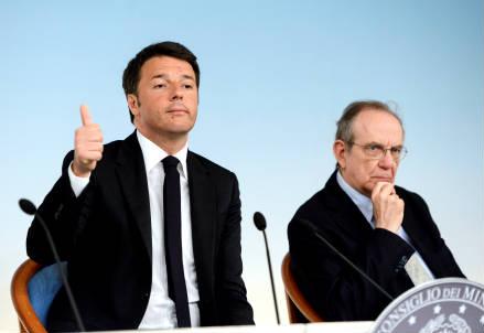 Matteo Renzi e Pier Carlo Padoan
